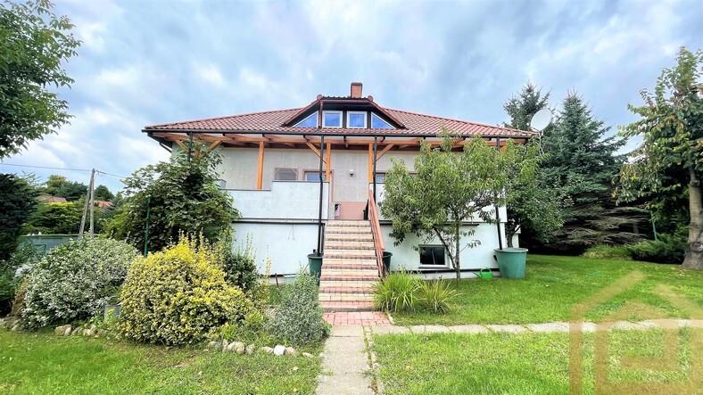 1_dom_na_sprzedaż_zgorzelec_willa_ogródek_basen_garaż_łowejko_nieruchomości_lubań_biuro