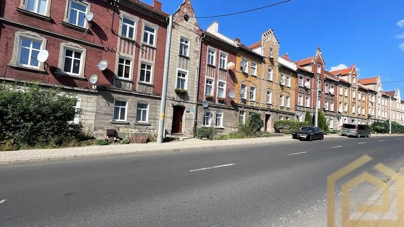 wyrozniajace_mieszkanie_na_sprzedaz_luban_do_wprowadzenia_parter_biuro_lowejko_nieruchomosci_luban